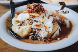 9 Tempat Makan Ketoprak di Jakarta yang Paling Enak
